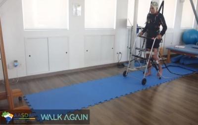 Cientista brasileiro faz dois paraplégicos andarem. Confira o vídeo!