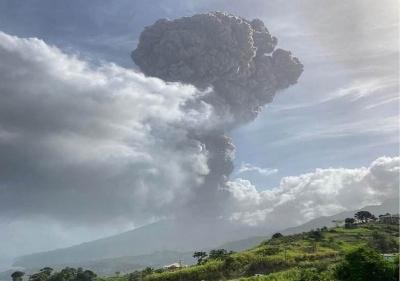 Crise humanitária cresce devido á erupção do vulcão La Soufrière