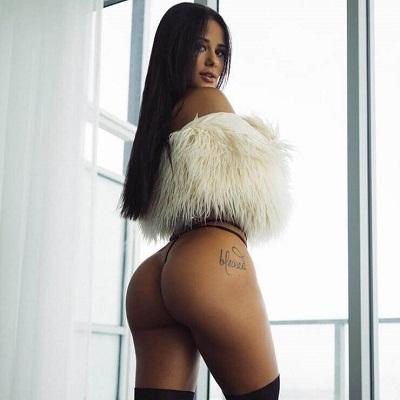 Katya Elise Henry, a bela personal trainer que causa alvoroço no Instagram