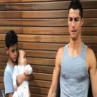 A internet percebeu o quão 'difícil' é ser filho do Cristiano Ronaldo (e não per