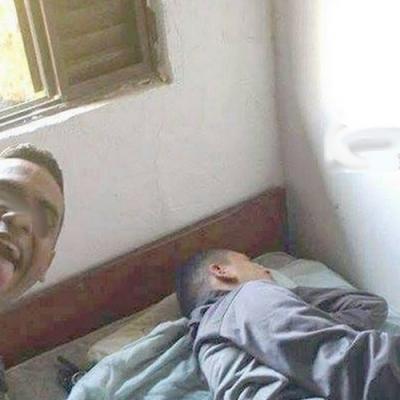 Selfie com o meliante dormindo