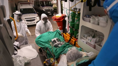 Pazuello afirma que variante do coronavírus de Manaus é três vezes mais contagio