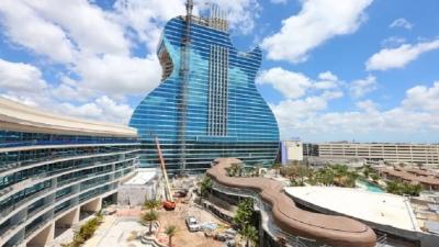 Primeiro hotel em forma de guitarra do mundo está na Flórida