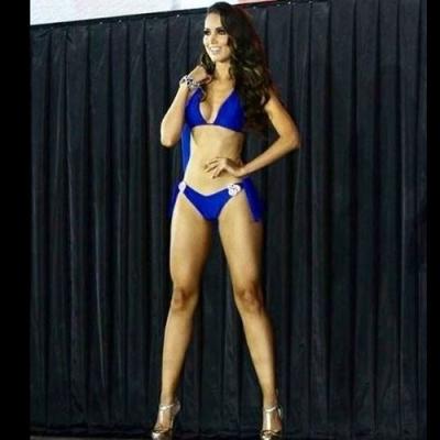 Candidata a Miss México é derrubada por saco de boxe durante o desfile e acaba h