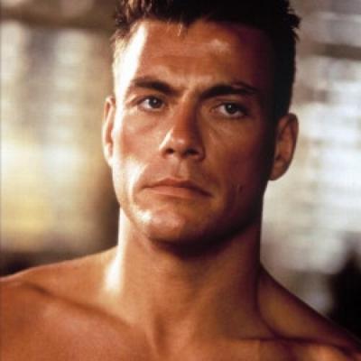 Mortal Kombat: Jean-Claude Van Damme se transforma em Johnny Cage em vídeo