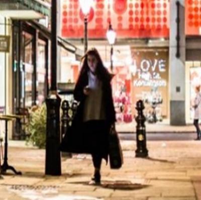 Atua Covid-19 Reino Unido aumenta limite de pagamentos