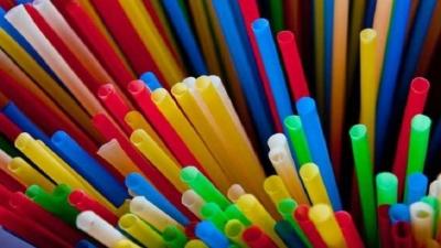 Europa vai proibir uso de utensílios de plástico a partir de 2021