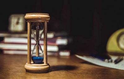 Físicos fazem tempo correr 'ao contrário' usando computador quântico