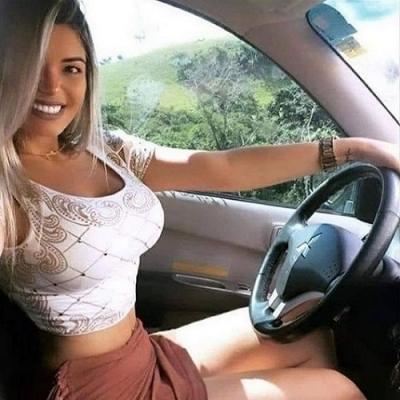 Aí você pede um Uber e vem lindo  divórcio pilotando.