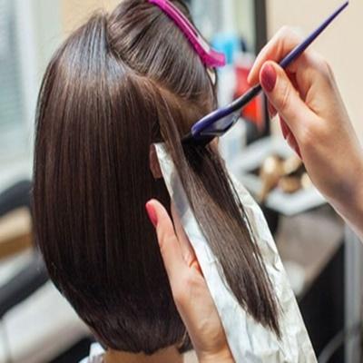 Estudo: escova progressiva e tintura permanente são ligados ao câncer de mama
