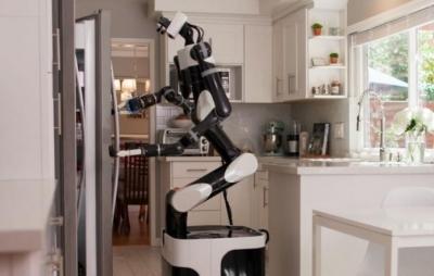Toyota treina robôs para serem assistentes domésticos