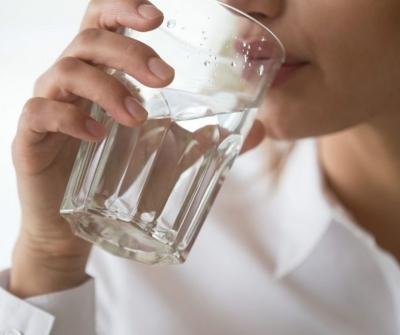 ÁGUA: A importância de manter o corpo hidratado e seus benefícios