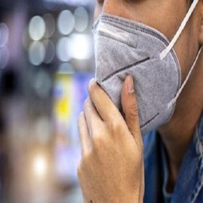 Mal hálito com máscara? Profissional explica causas e soluções