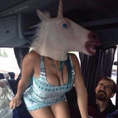As 14 imagens das mulheres mais doidas da internet.