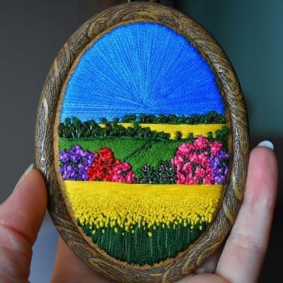 Artista cria paisagens inteiras de bordado