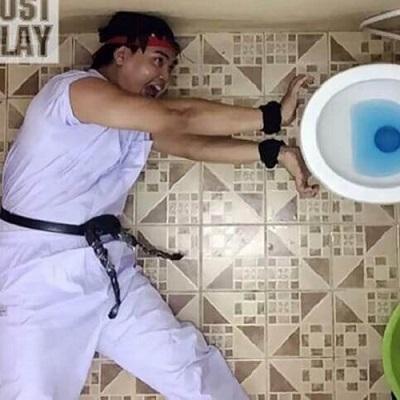 O tailandês mestre dos cospobres divertidos atacou de novo