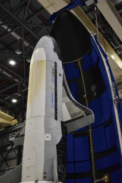 Força Espacial dos EUA lança naves espaciais secretas
