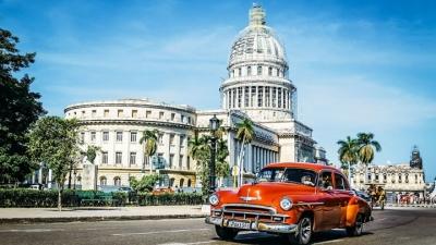 Cuba começa a separar turistas dos moradores locais