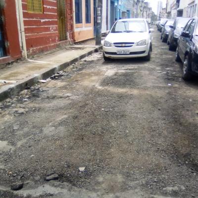 Reformas sem fim na rua velha