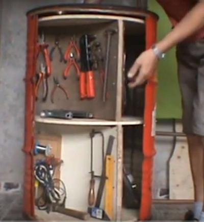 Como construir um armário de ferramentas com um tambor