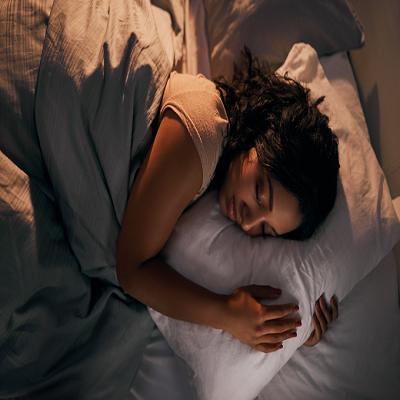 Suor noturno: 6 motivos que causam o desconforto e como evitá-los