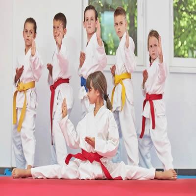 Benefícios das artes marciais para crianças