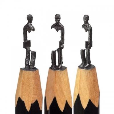 Artista faz esculturas na ponta de um lápis #2