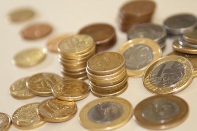 Saques da poupança superam depósito em fevereiro