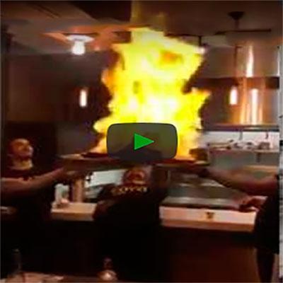 Quando você prepara um jantar especial pros seus convidados mas dá tudo errado