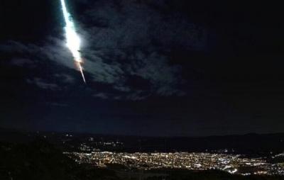 Meteoro brilhante rasga o céu do Sertão do Pernambuco; entenda