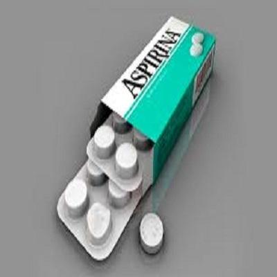 Quais são os riscos e benefícios de tomar aspirina preventivamente?