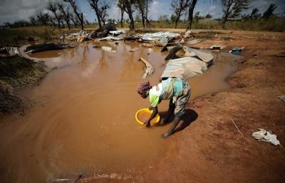 Ajuda humanitária às vítimas do ciclone Idai é alvo de roubos em Moçambique