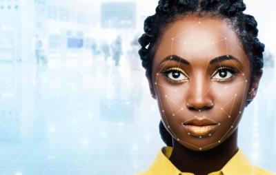 Reino Unido usa reconhecimento facial 'racista' em passaportes