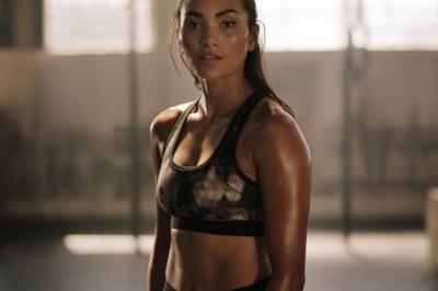 Praticar esportes melhora a aparência da pele?