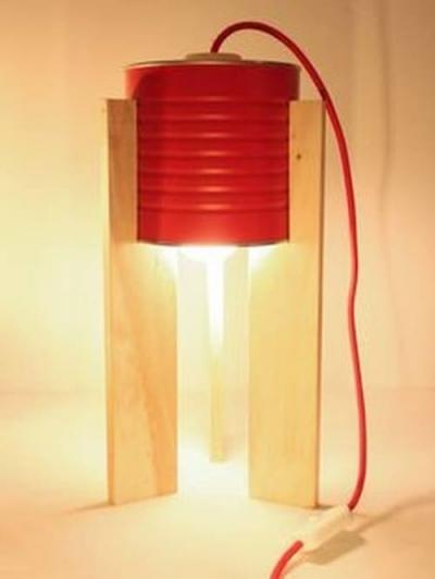 Como fazer um candeeiro com uma lata de conserva de 1 kg