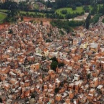 Favela cria operadora de celular