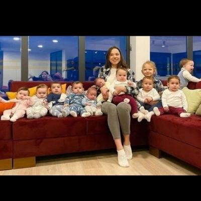 Aos 23 anos, Christina Ozturk já tem 11 filhos. Mas ela quer 100 filhos