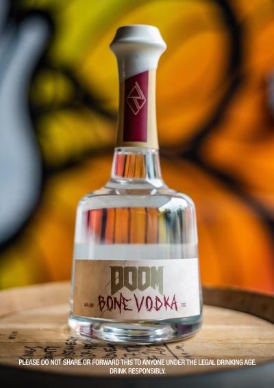 Nada melhor que celebrar a estreia de Doom Eternal com uma vodka de DOOM