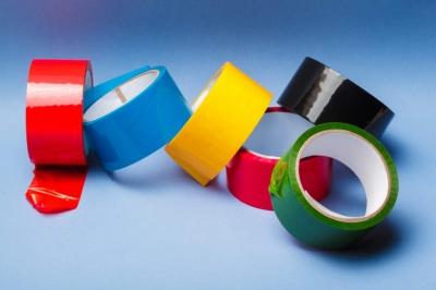 Dez usos para a fita adesiva que provavelmente não conhecia