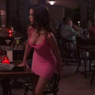 Conquistando todos os homens do Bar.