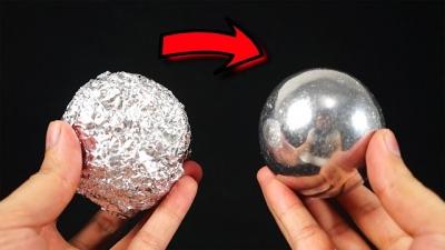 Bola de alumínio Vs Cobre derretido, quem ganha?