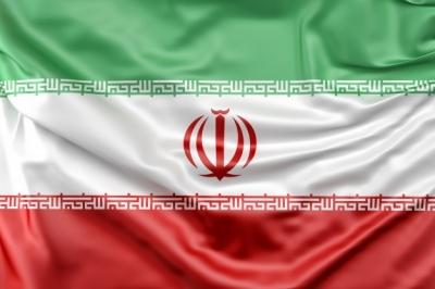Irã: Pastor e oito cristãos são condenados a 5 anos de prisão