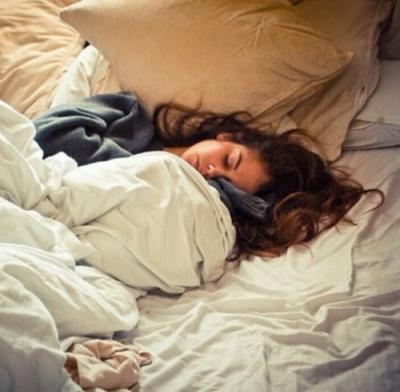 Pessoas preguiçosas para levantar da cama são mais inteligentes (aponta estudo)